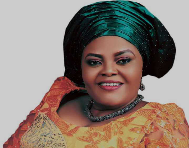 """""""GOV AYADE WANTS DEVELOPMENT TO TRICKLE DOWN TO LOCAL GOVERNMENTS"""" - HON STELLA ODEY"""