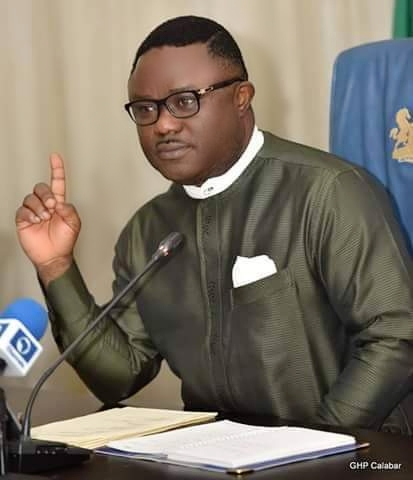 Covid-19: Gov Ayade shares 3 active test to determine if your fabric mask is good and can provide protection.