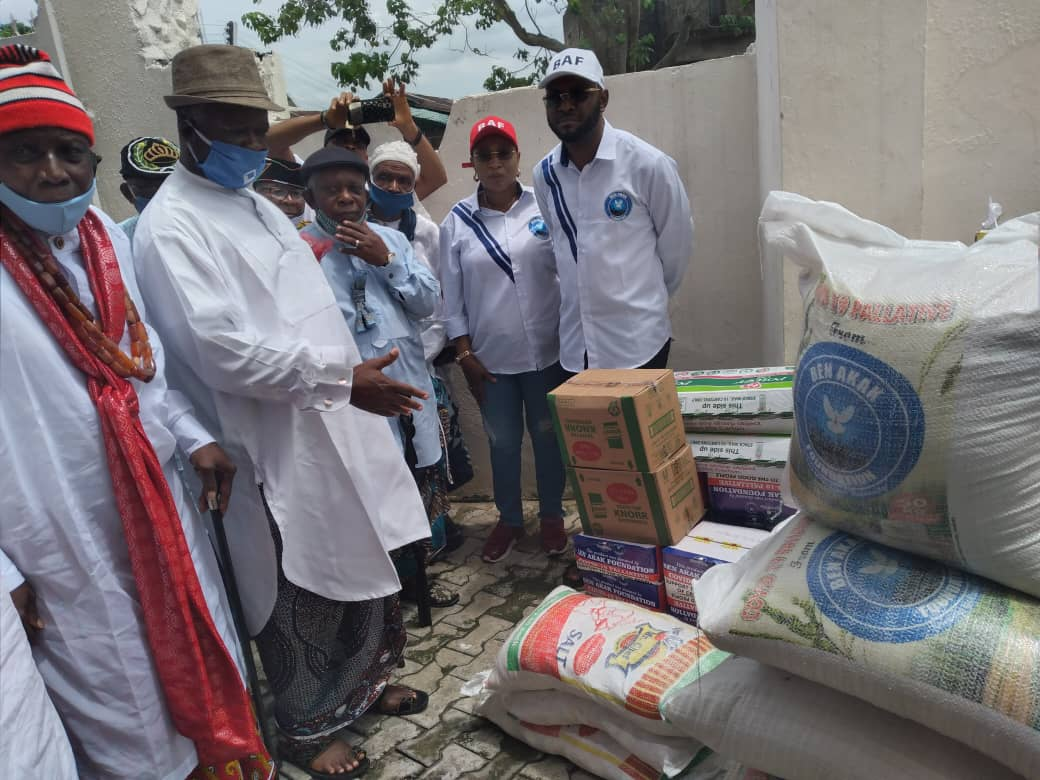 Foundation donates food items to chiefs, seeks partnership on fight against Covid-19