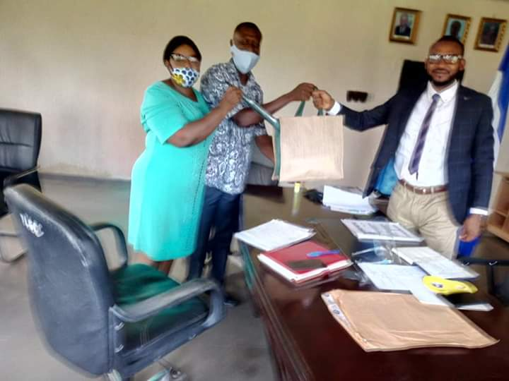 Yala Council Boss Receives Report from the Conditional Cash Transfer Desk Office.