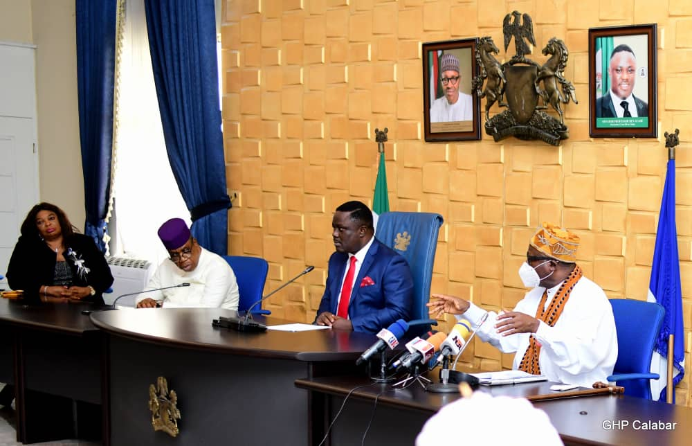Paramount rulers, first class chiefs pay Ayade solidarity visit, declare absolute support for Governor