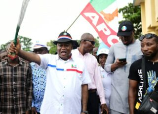 PDP bigwig defects to APC in Cross River